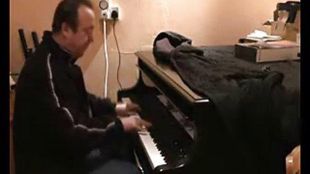 国外牛人即兴演奏爵士钢琴