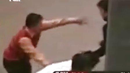 职业拳击手一打多视频