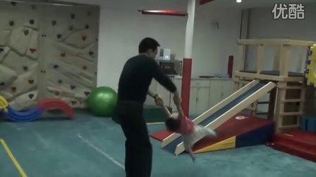 超强运动天才小女孩(22个月)