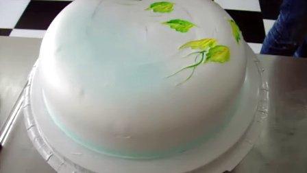 彩绘蛋糕制作方法 青岛东晖蛋糕学校独创