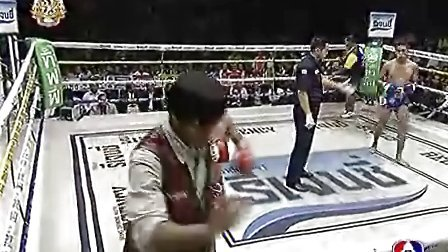 Muay_Thai_from_Thai_TV,_2011-05-08,_Channel_7