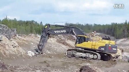 沃尔沃Volvo EC700CL挖掘机正在装车