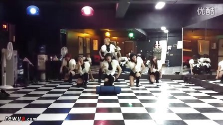 girl2school舞蹈练习室自拍热舞