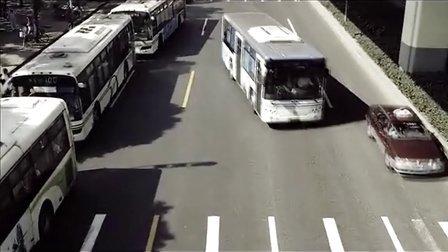 所有人看完之后都不敢相信自己的眼睛,公路灵异事件实拍!
