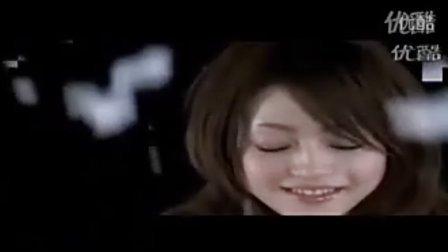 酷似张韶涵的日本女优露脐.flv