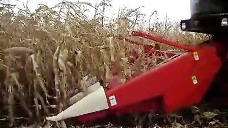 福田雷沃谷神CP04自走式玉米收割机