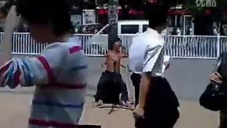 残疾流浪歌手秒杀中国好声音图片