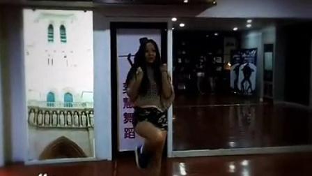 奕会流行国际舞蹈学校 j酒吧美女