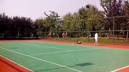 华夏公园网球场漂移板小练(2014-08-03)
