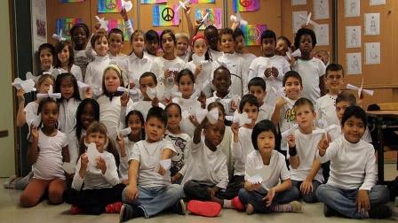2013年和平日-全球根与芽小组庆祝照片集
