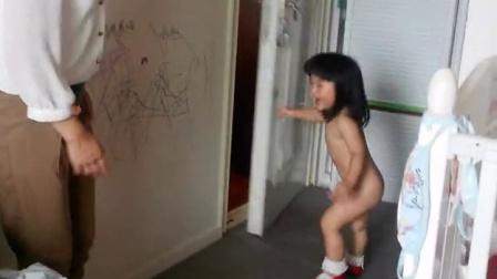 刘王楚楚在里里外外裸奔!