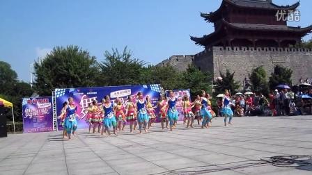 岳阳市第四届尚美杯广场舞淘汰赛新胜队参赛视频于岳阳楼巴陵广场