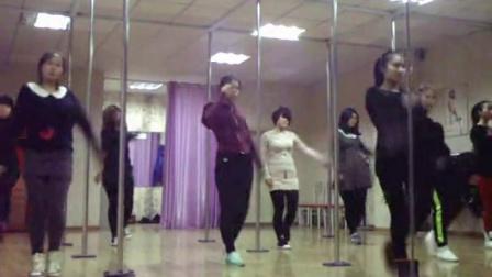 烟台美女爵士舞、零基础日韩热舞培训,钢管舞