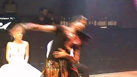 ASI HASKAL BELLY DANCE SHOWE In a wedding party  男肚皮舞