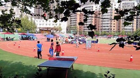 体育中考男生1000米20150425