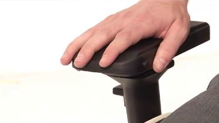 如何使用迪锐克斯DXRacer 4D 扶手