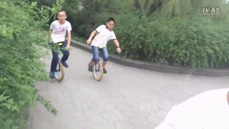 【乐乐宝贝俱乐部】华夏公园骑行游玩