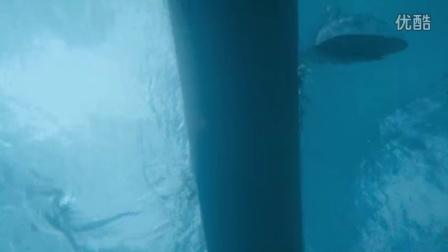 太酷炫了!可以在水里开的摩托车