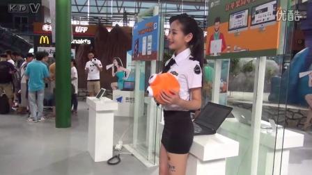 2015ChinaJoy制服美女Showgirl小酒窝长睫毛的微笑妹子CJ巡展19