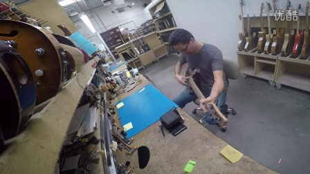 Setting up a bass Adjusting the Truss Rod at Carvin Guitars