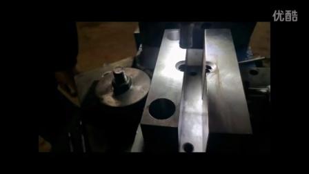 埃瑞特哈芬槽铆接机,槽道铆接机,哈芬槽道旋铆机,预埋件旋铆