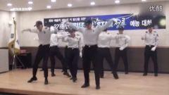 实拍韩警察大跳BigBang热舞 制服手套霸气十足