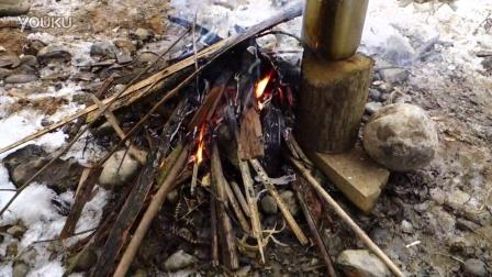 在野外生火做饭体验