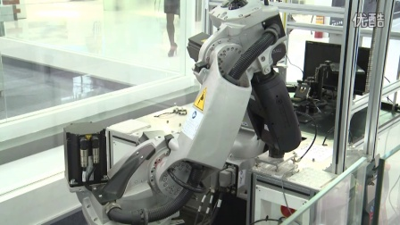 柯马机器人:3C视觉检测单元