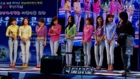 韩国人自拍少女时代现场热舞_高清