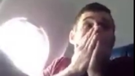 第一次坐飞机好紧张