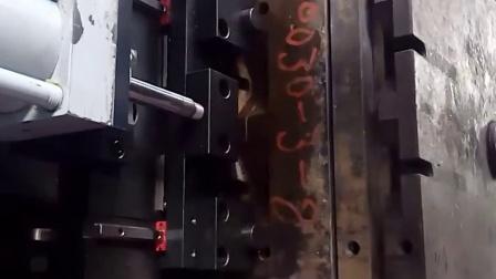 移模车拉模入车 Die change cart