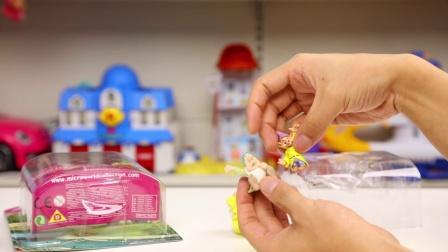 白雪公主 灰姑娘 珍藏版公仔 试玩 迪士尼 微缩世界 玩具