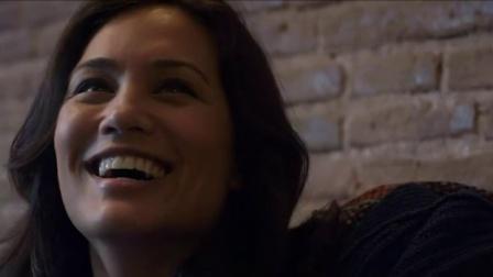 相遇与治愈细腻爱情短片《孤独星球》