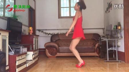 美女自拍,DJ舞曲性感吊带黑丝发烧广场舞 2