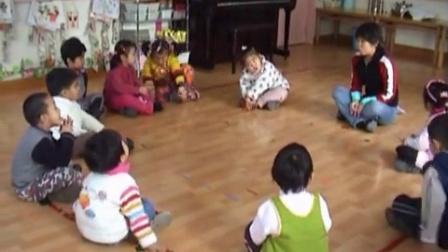 快乐音符音乐课例《咏鹅》感受与感知环节
