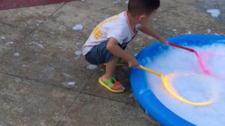 2016暑假第一次玩泡泡