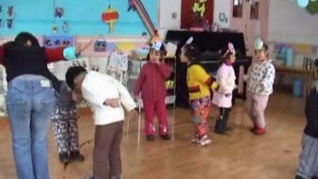 快乐音符音乐课例《咏鹅》歌表演环节