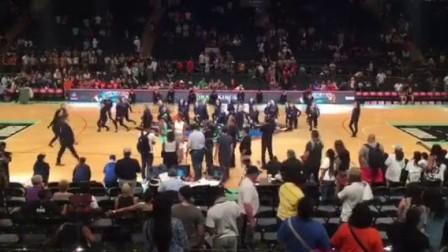 麦迪逊广场竟禁止啦啦队跳MJ舞!!舞者含泪抗争!