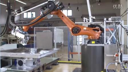 KUKA机器人制造碳纤维材料 @Compositence