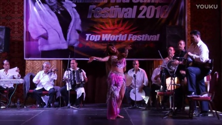 Alla Vatc Ahlan Wa Sahlan festival, teachers show performance with band