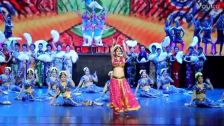 吉林肚皮舞莹春舞蹈又登2017春晚《印度宝莱坞》