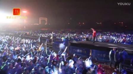 黑龙-被爱射伤的鸟(现场版)冒派音乐 红日蓝月KTV推介