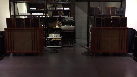 经典铭器  双十五寸低音旗舰音箱 双803一纸到边钴磁低音单元 802中高音驱动头十511号角豪华的单元配置