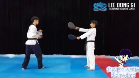 韩国某道馆 单脚旋风 腿法 跆拳道简单教学 短教程
