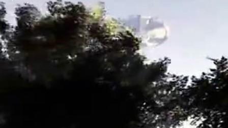 2016年9月澳大利亚塔斯马尼亚岛上空拍到巨大飞碟