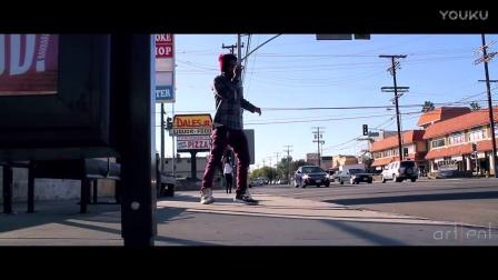 【 机械哥 】在街边--优雅带感机械舞 [有木有发现GTA现实版的感觉呢]
