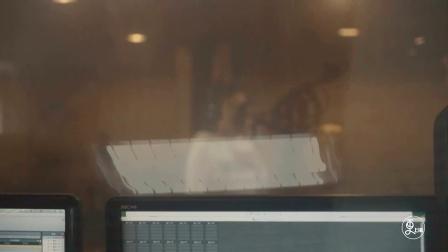 更上海 | MBA商科女砸钱出专辑,化身风情主唱,歌声让人泪奔