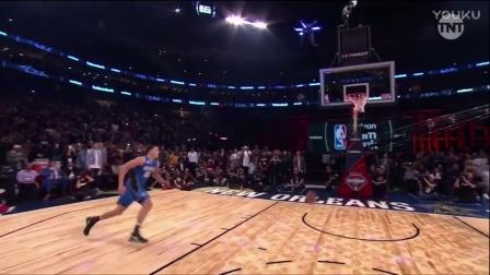 英特尔无人机为 NBA 灌篮大赛送出助攻