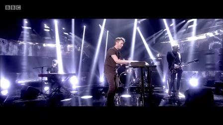 【猴姆独家】上尉诗人James Blunt献唱强势新单Love Me Better#微博首播#!