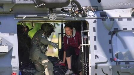凯库拉市长和凯库拉观鲸代表凯库拉市民祝新西兰皇家空军80岁生日快乐!